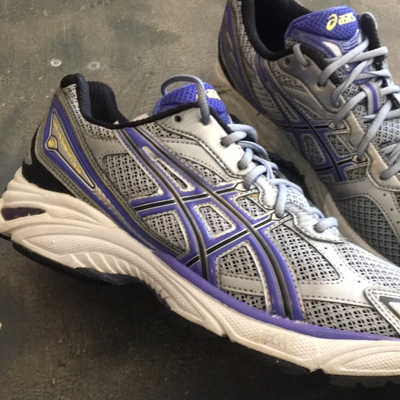 ASICS gel foundation 8 running shoes